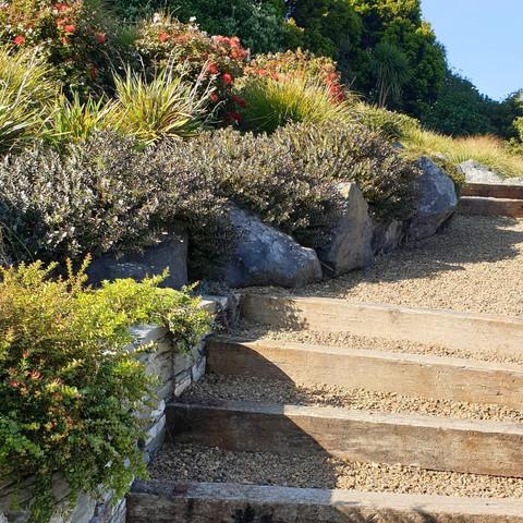 Jane-mcguffie-garden-4.jpg