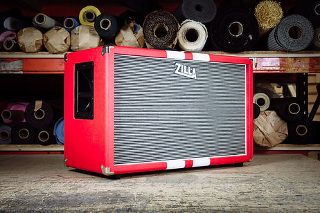 Zilla Fatboy 2x12 with go faster stripes