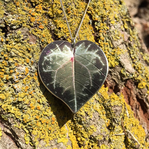 Cyclamen leaf pendant