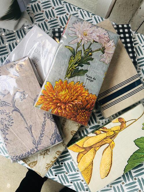 Paper napkins hand towel size