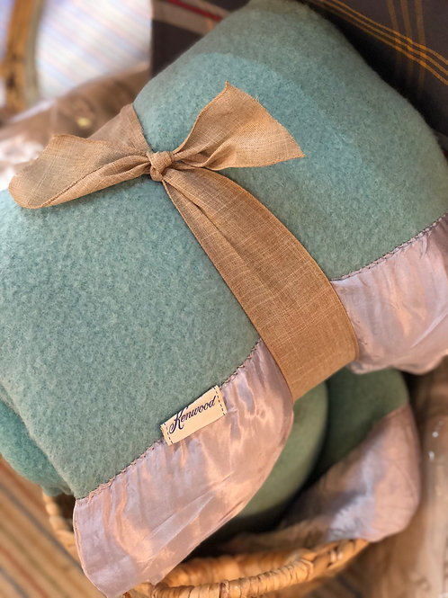 Beautiful vintage Kenwood wool blankets for snuggling with at the bonfire!