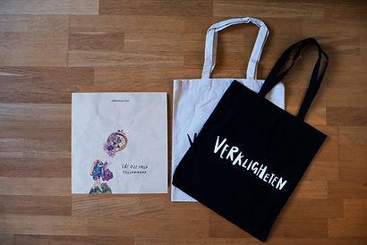 Vinyl_och_påsar.jpg