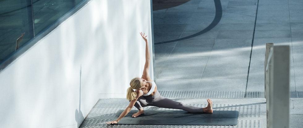 yoga teacher, yoga mats