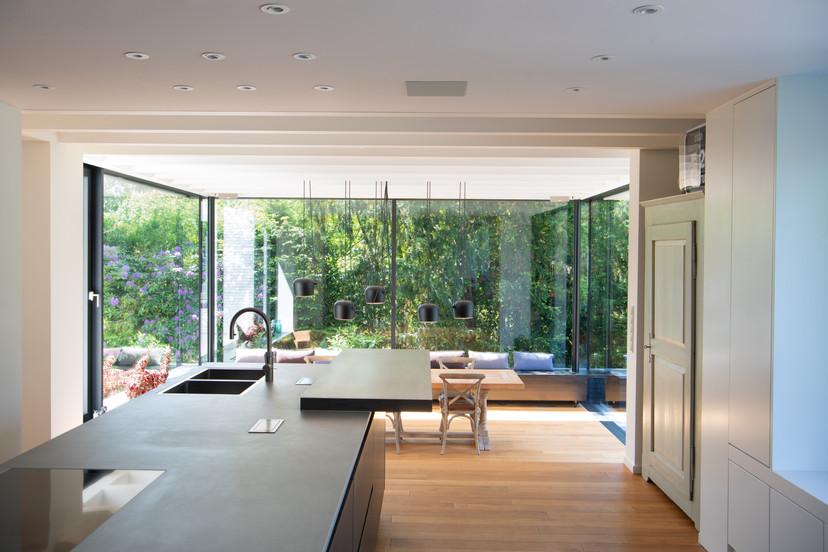 N8_kitchen.jpg