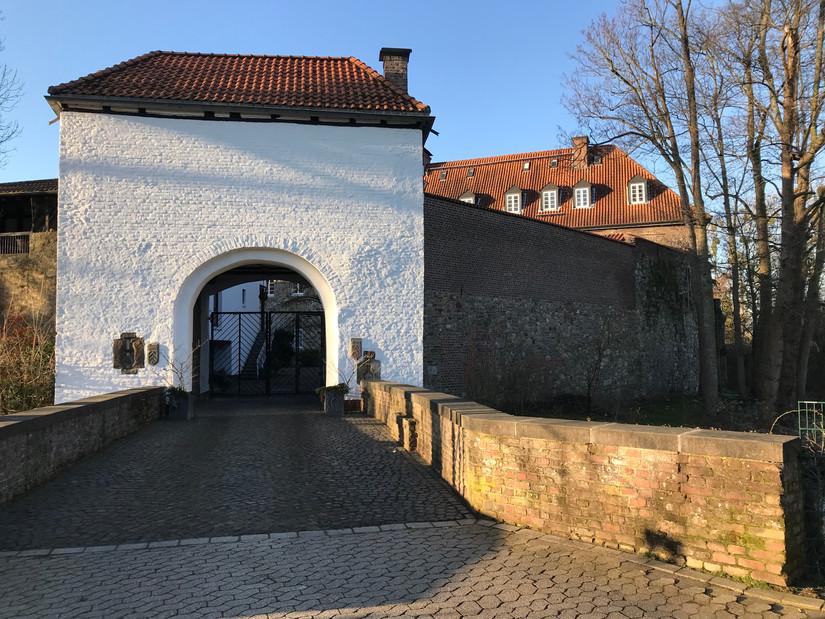 Rittersaal Burg Angermund, Düsseldorf | Ben Dieckmann architects