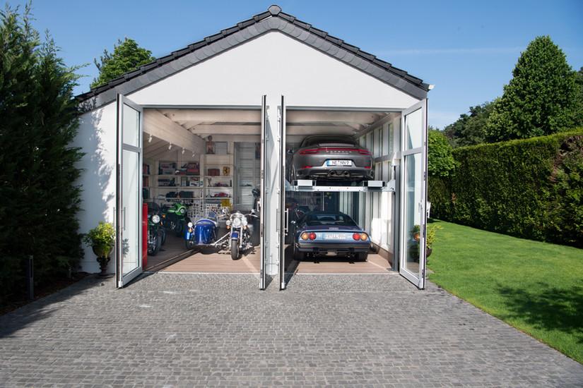 exterior Site 2 Garage 2.0   Ben Dieckmann architects