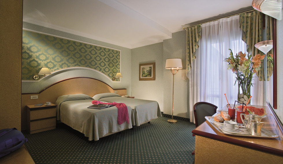 camera-standard-hotel-meggiorato.jpg