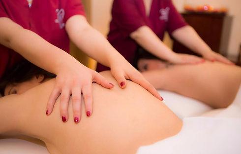 massaggio di coppia_edited.jpg