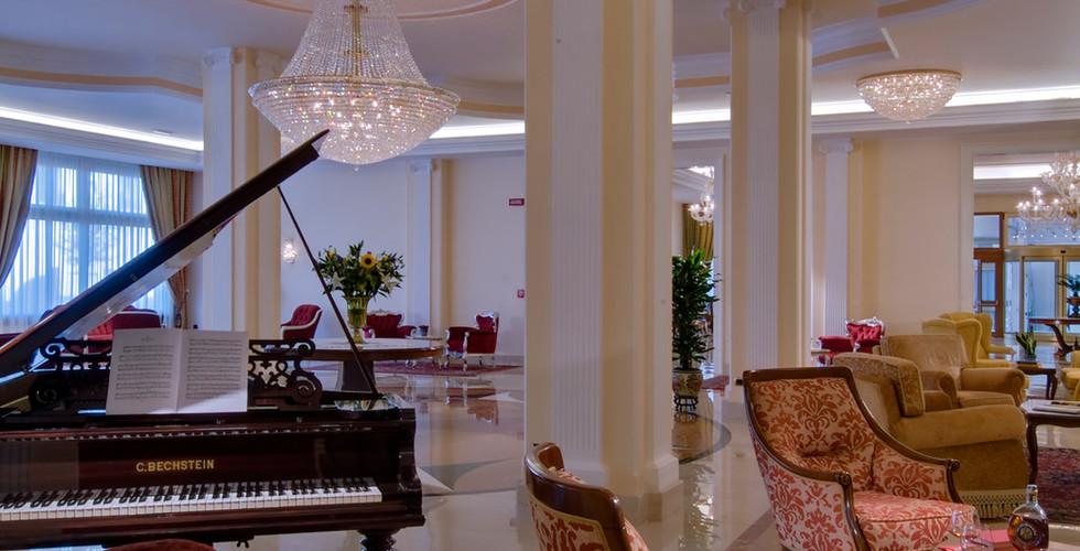 hotel-all-alba-hall-pianoforte.jpg