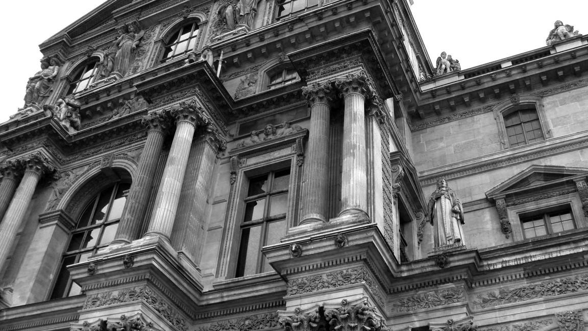 De Louvre Exterior