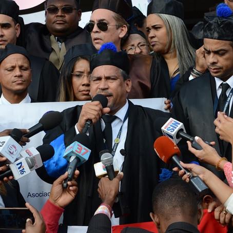 Coordinador de FiscalDom pide unidad y firmeza del gremio en reclamo de derechos