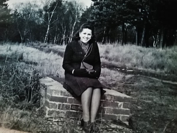 04 Leokadia Rozalewska 1947.jpg