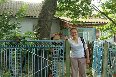 07VolunteeringinUkraine2005.jpg