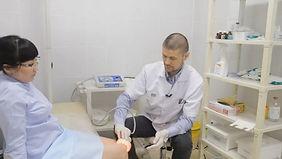 lazeroterapiya-artroz-kolena-lecenie.jpg
