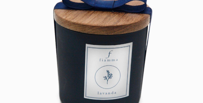 Vela G Chumbo, aroma Lavanda com tampa freijó