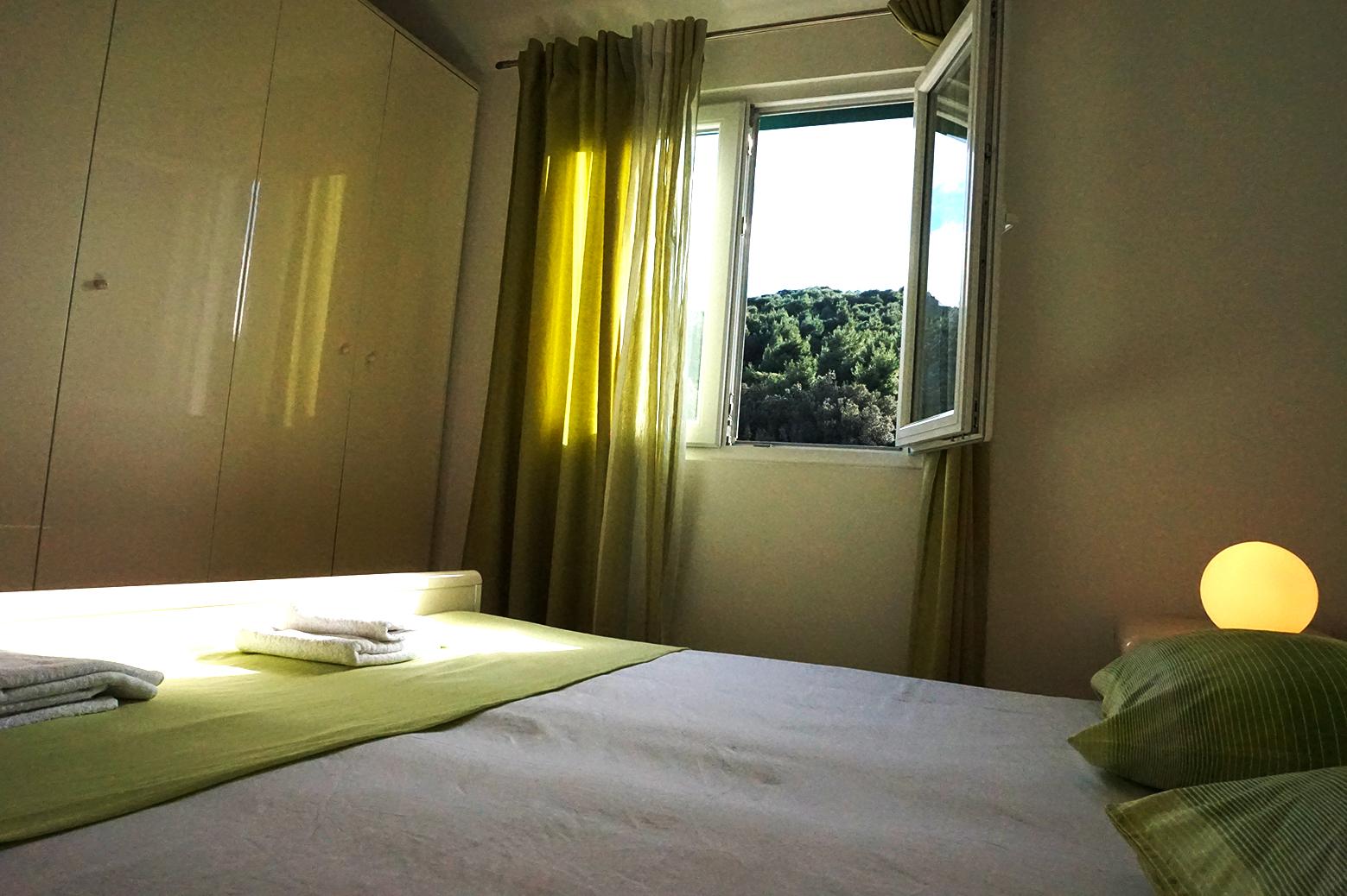 apartments zuljana viboni