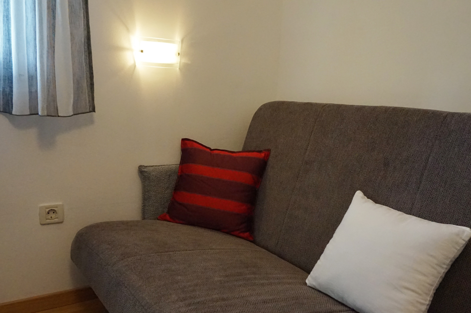 boris apartment bedroom