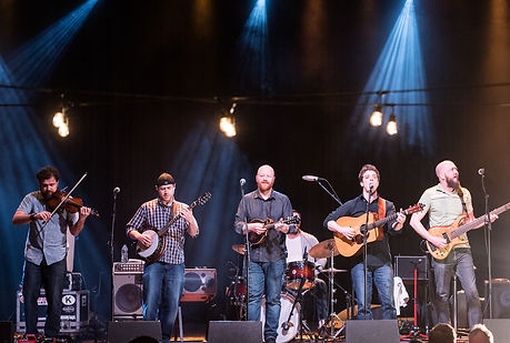 Pete Smith & The Leadfoot Band performing at Thalia Hall on April 17th, 2018