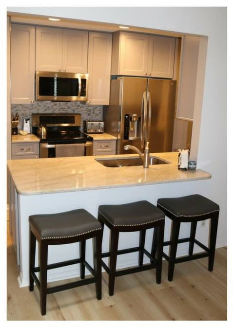 Seating for 3 - Condo Gallery Kitchen