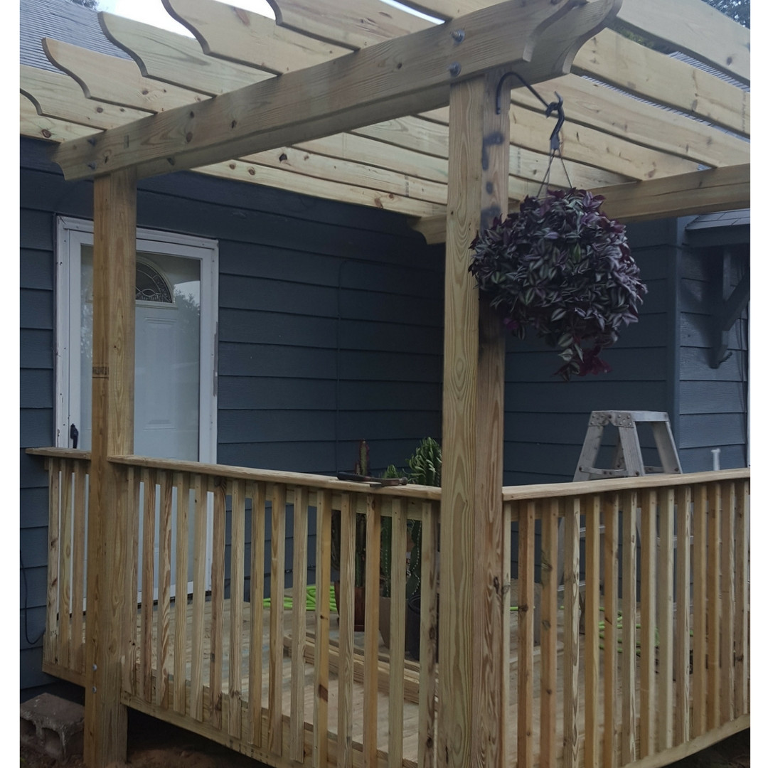 Deck with Pergola and Rails