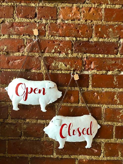 Open/close piggies