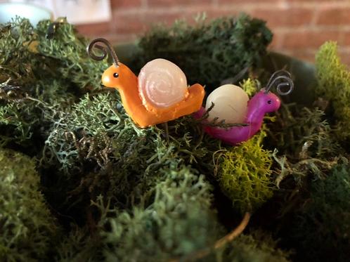 Mini snails