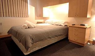 LesChalet-21-bed1_800.jpg