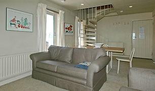 LesChalet-9B-lounge_800.jpg