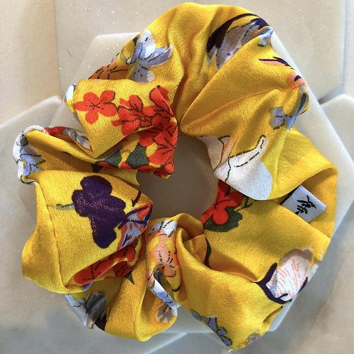 A Full Hart Scrunchie