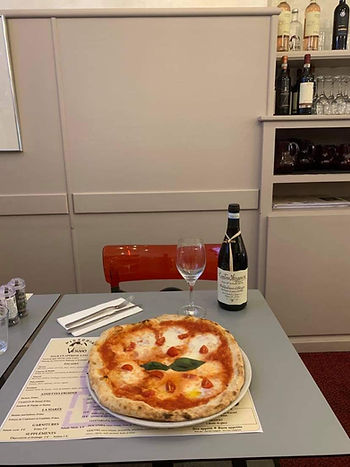 Pizza Menton margharita.JPG