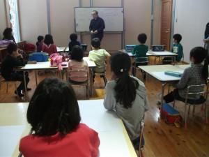 田中拓馬アートスクール絵画教室のレッスン風景