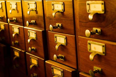 catalog-cabinet-3283536.jpg