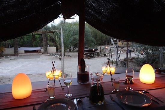 La Puase tent-setting.jpg