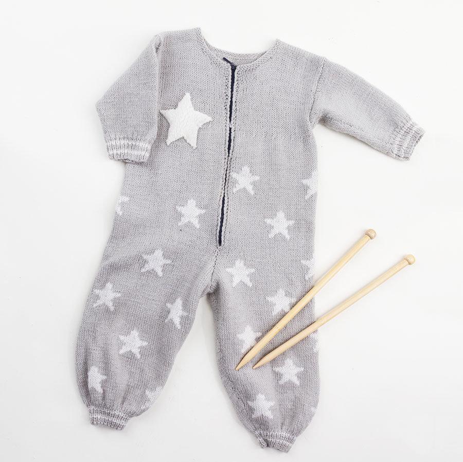 Silja Levälampi, baby jumpsuit knitting pattern design