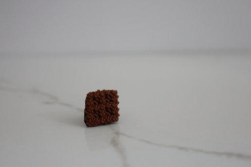 幾何学のタックピン・しかく camel brown