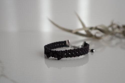 小花のブレスレット black purple