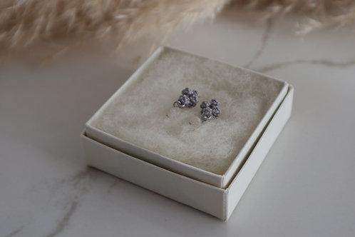 小花のイヤアクセ gray