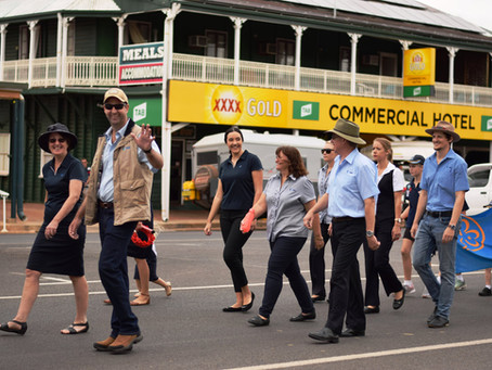 ANZAC DAY MARCH - BARCALDINE