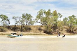 Day Trip to Thompson River in Longreach