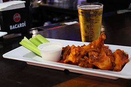 Buffalo Chicken Wings & Beer