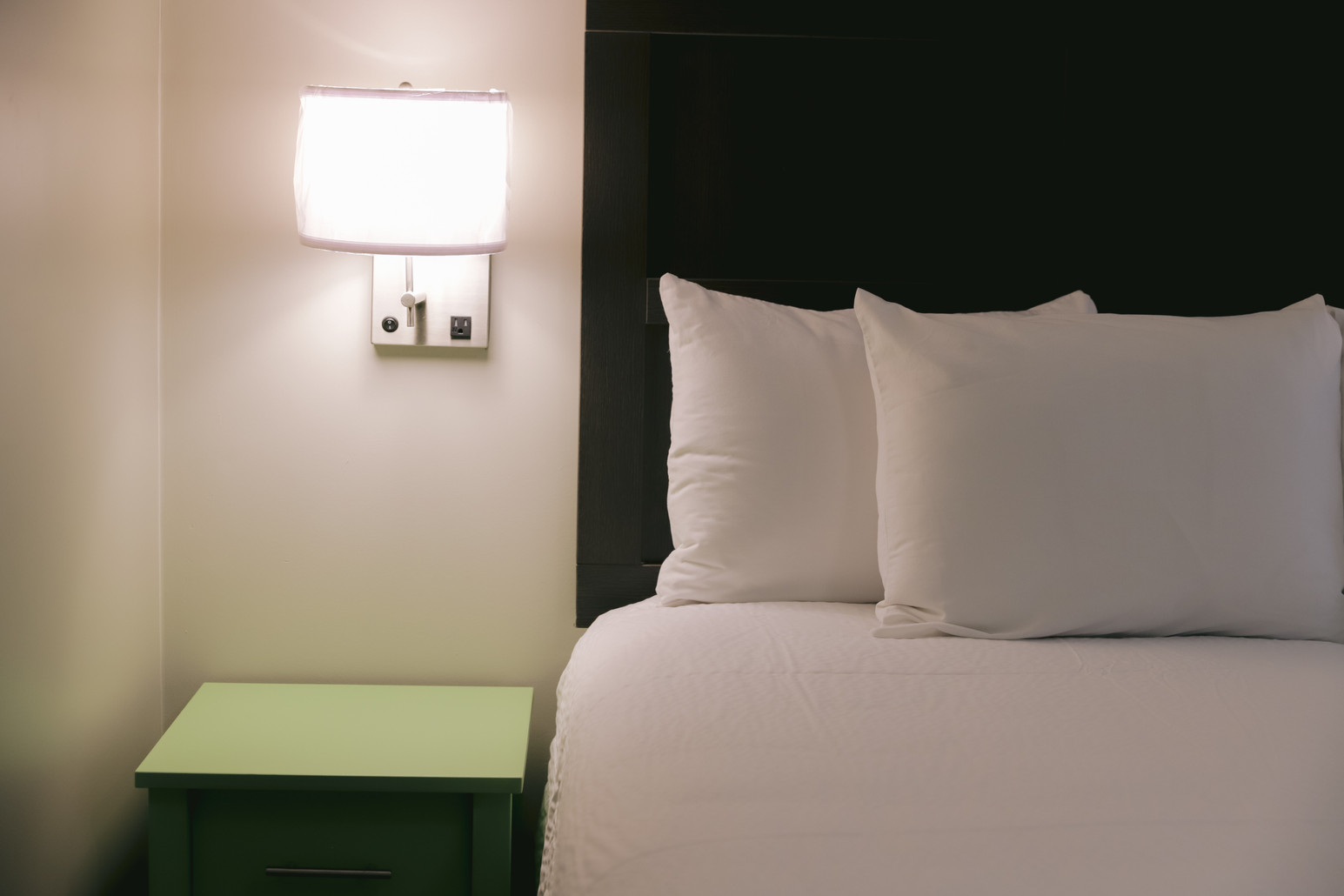 All Rooms Come With A Mini-Fridge, Microwave, Safe, Bathroom Amenties, & SMART TVs