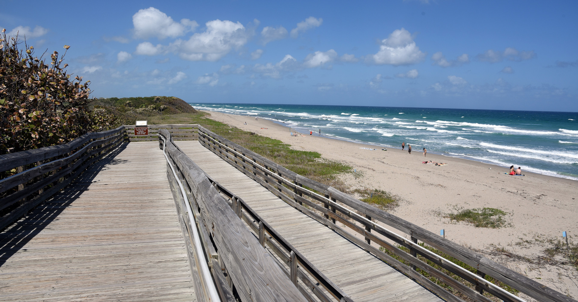 Affordable Apartment Living 1.5 Miles From Lake Worth Beach
