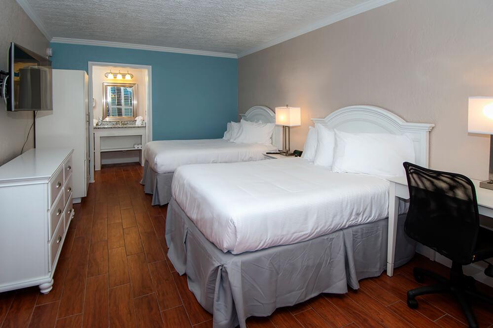 Hotel Sleeping Side