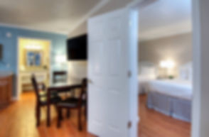 Picture Of Dining & Beds In Suite
