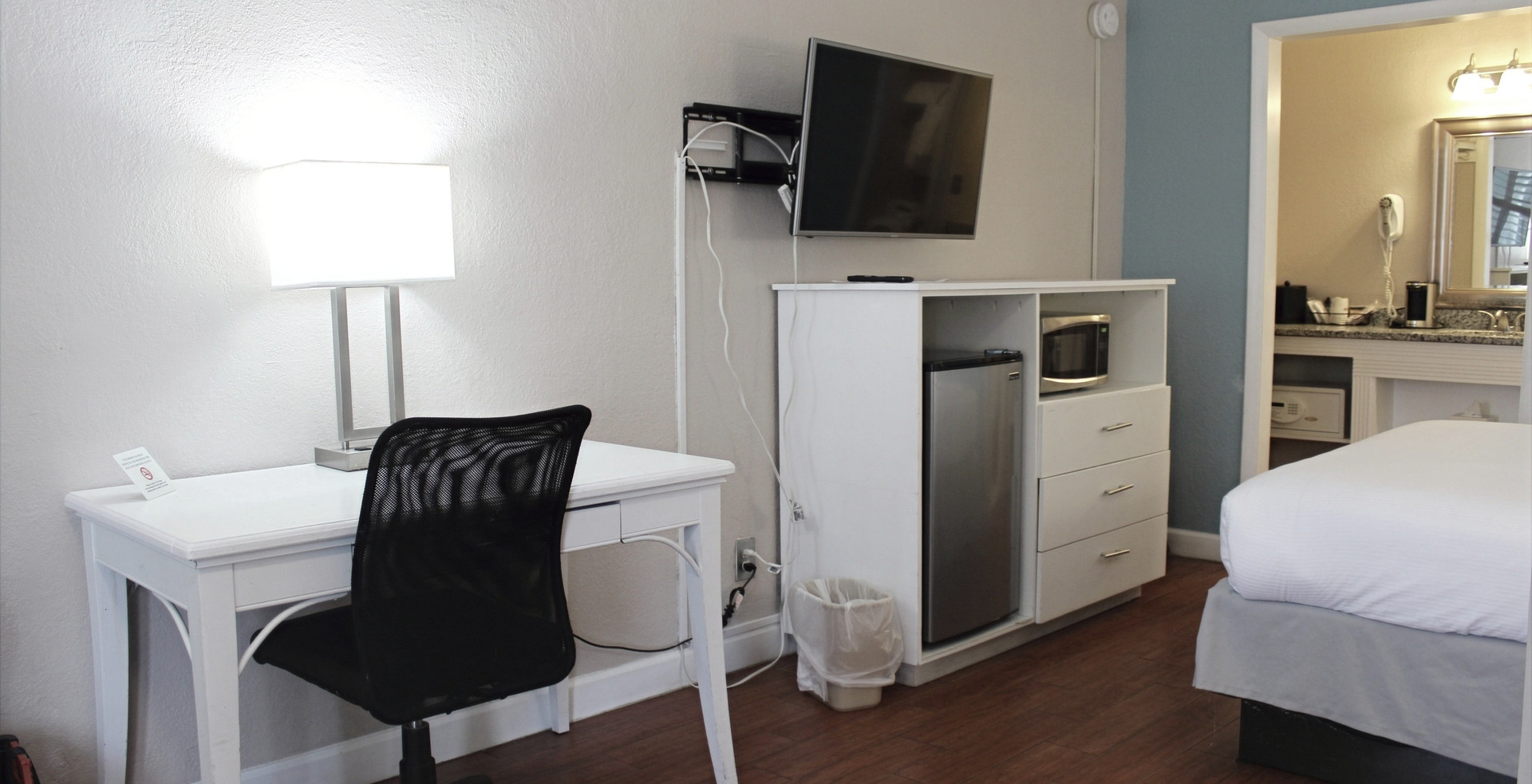 One-Room Jr. Suites