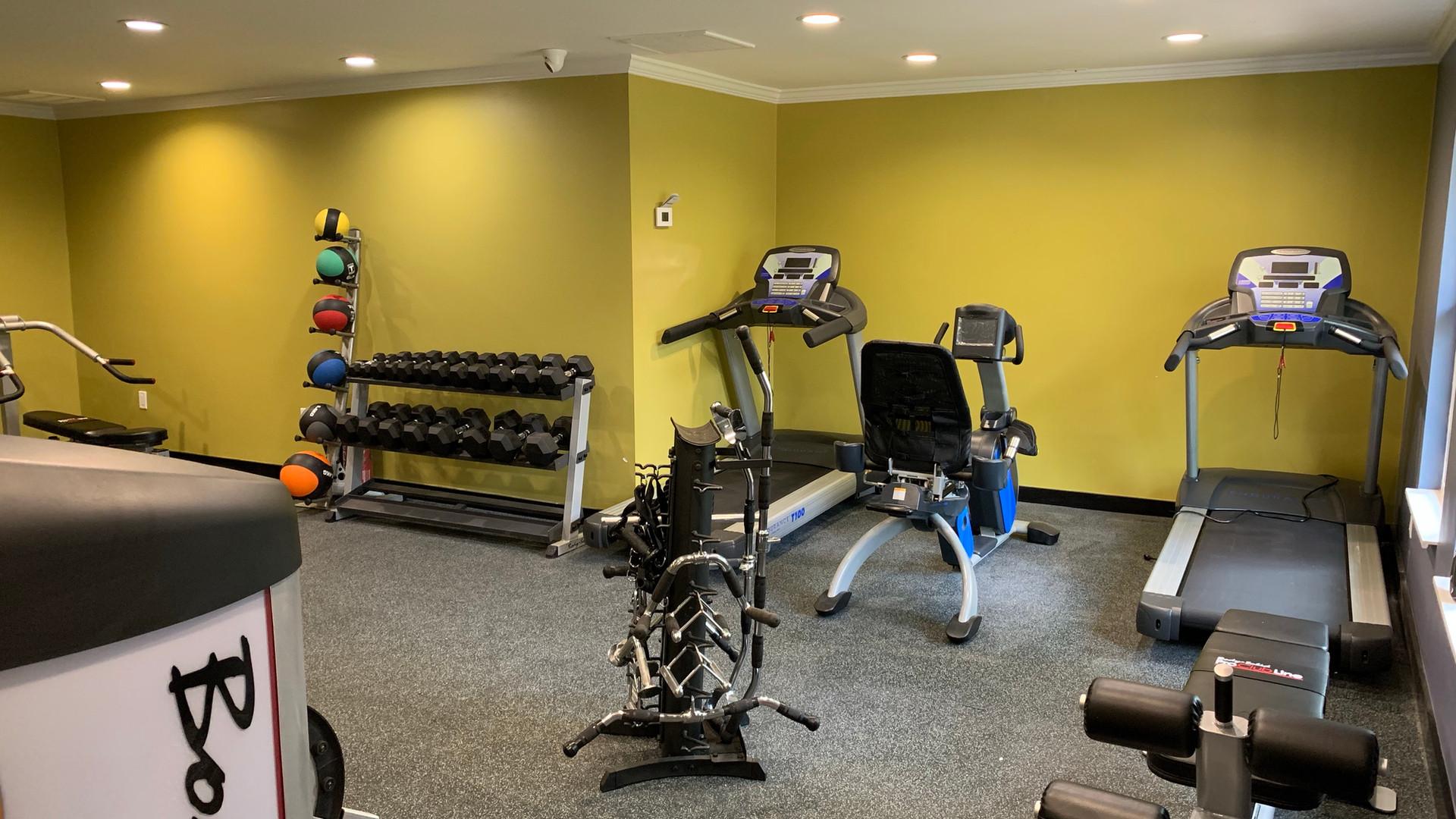 On-Site Full Gym