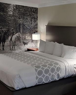 Equus Inn - King w Couch.jpg