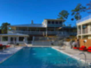 Seven Hills Suite Pool