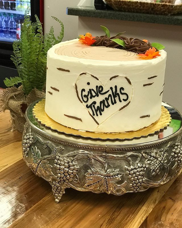 Give Thanks Cake From Betty Cakes Bakery