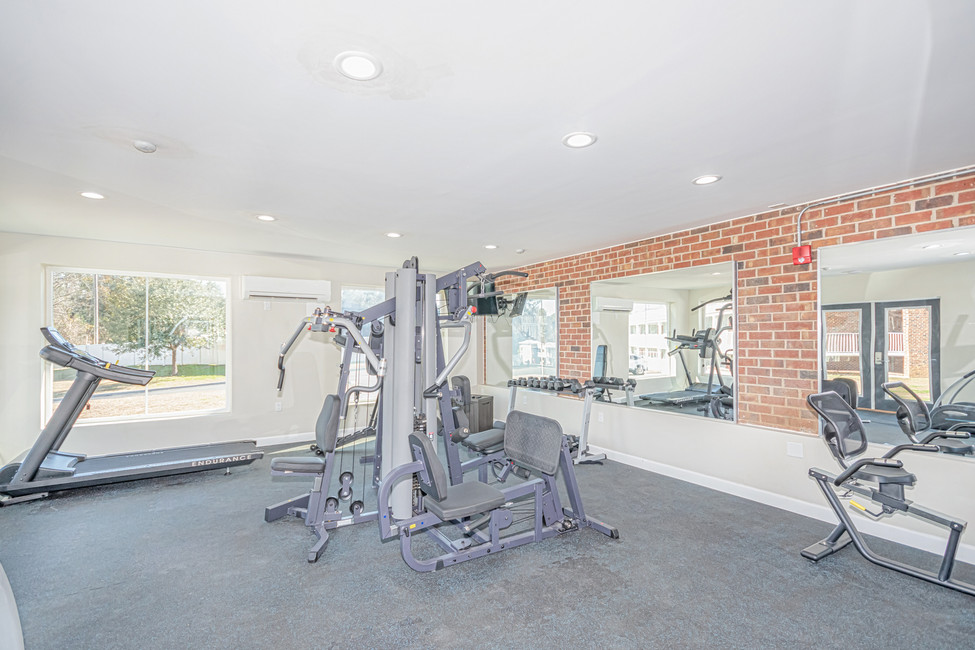 Seven Hills Suites Tallahassee Hotel Gym